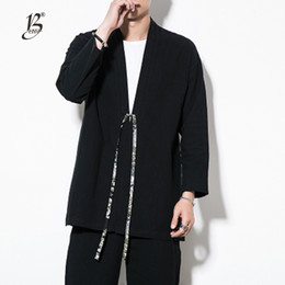 2018 otoño hombres de algodón de lino estilo de china kongfu abrigo masculino suelta kimono cardigan abrigo de punto abierto para hombre rompevientos desde fabricantes