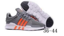 Descuento para hombre zapatillas de senderismo online-Descuento EQT 93 Zapatillas de running clásico negro blanco para hombre mujer al aire libre casual trotar caminar zapatillas de deporte de alta calidad