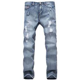 Jeans bleu en Ligne-Mode Marque Designer Hommes Déchiré Jeans Pantalon Bleu Clair Slim Fit Distressed Denim Joggers Mâle Plus La Taille 42 déchiré Jean Pantalon