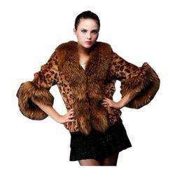 Abrigo de piel de las mujeres de imitación de piel de zorro abrigo de hierba abrigo de leopardo grueso de las mujeres Ropa de abrigo de invierno desde fabricantes