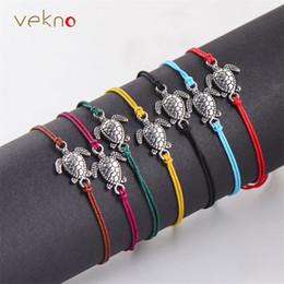 Uomini di stringa animale online-2018 VEKNO argento antico tartarughe marine animali stringa braccialetti d'epoca corda colorata donne uomini bambini braccialetti di fascino gioielli fortunati
