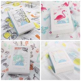 Wholesale Newborn Baby Bath Robe - 4 Colors 120*120cm Ins Baby Muslin Swaddles Wraps Flamingo Blanket Nursery Quilt Robes Bedding Newborn Ins Swadding Bath Towel CCA8583 10pcs