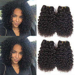 2019 tinte para el cabello Pelo Virginal Brasileño 4 Paquetes Corto Rizado Cabello Humano Rizado 9A Peruano Indio Indio Rizado Armadura del Pelo Color Natural 50g / pcs Total 200g