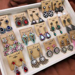 10 paires de boucles d'oreilles rétro bohème bijoux Style populaire beaucoup exagéré longues boucles d'oreilles pompon fleurs feuille boucles d'oreilles coeur dangler bijoux ? partir de fabricateur