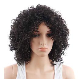 billige natürliche lockige perücken Rabatt Synthetische kurze Afro-lockige Perücken Natürliche schwarze Perücken Afroamerikaner Günstige Perücken