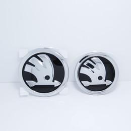 Argent brillant Chorm 90mm et 80mm Capot Grill Grille Queue Emblème Badge Autocollant Pour Skoda RS Rapide Octavia Superbe Fabia ? partir de fabricateur