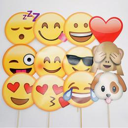 Photos de mariage décorations en Ligne-QQ Visage Souriant Photographie Prop Emoji Expression Anniversaire De Mariage Décorations De Fête Blame Drôle Emoji Expression Picture Props 7pc Y