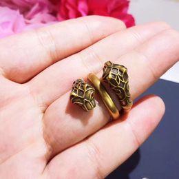 Joyas de estilo leopardo online-Famosa marca de diseñador de estilo leopardo anillo de calidad superior de latón para las mujeres Anillos joyería regalo PS5554