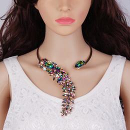 9b158567df46 Nuevo 3 Colores Elegante Cristal bijoux Gargantilla Collar Torques para las mujeres  de Fiesta de Noche de Lujo Accesorios de Joyería de Moda collares de ...