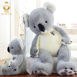 2019 presentes de aniversário frescos dos miúdos Millffy Grande Koala Boneca Abraços Urso De Pelúcia Brinquedos Bonecas legal Urso Presentes Dos Miúdos Presente Das Meninas Do Aniversário desconto presentes de aniversário frescos dos miúdos