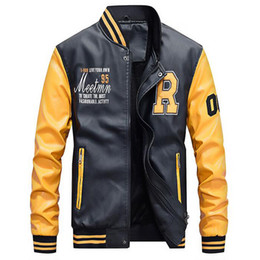 Кожаная куртка xs онлайн-Motorcycle Leather Jacket Men College  Fleece Baseball Bomber Jackets Faux Leather Coats Mens Winter Pilot Bomber Jacket