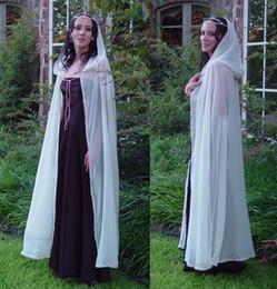 Cape de mariage de cape médiévale à capuche de la mariée recouvrant son manteau de blanc, ivoire, champagne, noir, bleu marine ? partir de fabricateur