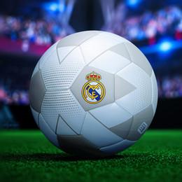 Nuevo balón de fútbol español de la Liga Real Madrid talla 5 Máquina de coser blanco Juego de patrones geométricos de entrenamiento Balón de fútbol para estudiantes desde fabricantes
