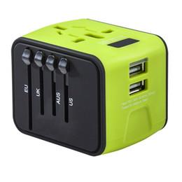 Cargador usb mundial online-Precio barato Universal Travel Adapter todo en uno Cargador de viaje internacional 2.4A Dual USB Worldwide Plug Cargador de pared buen artículo