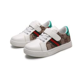 Estilo coreano da forma do verão dos meninos on-line-2019 primavera verão novo designer de moda infantil shoes crianças casual style shoes coreano padrão de costura sapatos para bebés