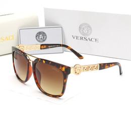Semelle occhiali en Ligne-Lunettes de soleil de marque de luxe de marque de luxe de concepteur de cadre de mode vintage d'or pour les hommes Occhiali Da Sole imperméable pour les hommes des femmes avec la boîte