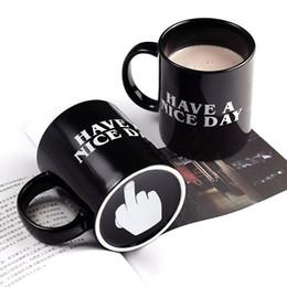 Regalos divertidos de cafe online-Creativo tiene un buen día taza de café 350 ml divertido dedo medio tazas de café té leche novedad regalos de cumpleaños envío gratis