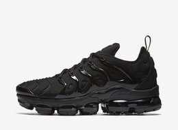Wholesale Green Lighting Products - New Products Men Vapormax TN Plus Running Shoes Classic Outdoor Run Shoes Vapor tn Black White Sport Shock Sneakers With Box