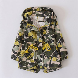 giacca modello ragazze Sconti Giacche invernali per bambini Camouflage Giacche per bambini Outwear Love Pattern Fashion Rope Pulling Coats Designer # -12T Jacket