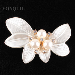 large flower corsage brooch Promo Codes - 2018 Big Crystal Flower Large shell Brooch Pins with peals Wedding Jewelry Bijouterie Corsage Dress Coat Accessories 12pcs lot SYBB78