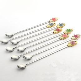 cuchara en forma de cucharón Rebajas Cuchara de café de acero inoxidable Cucharones Mango en forma de flor coreana Cuchara redonda Helado Postre Té Cuchara ZA6478