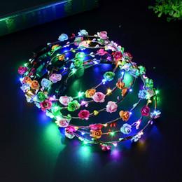 Grinalda multicolor on-line-New Multicolor Luminosa Headwear Rattan Flor Coroa de Incandescência LED Cabeça Banda Decoração Do Casamento Do Partido Para As Mulheres Meninas Masquerade T2I336