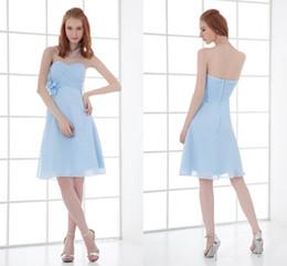 Vestido azul claro para casamento