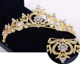 Wholesale bridal golden crown - 2018 New Hair Accessories Rhinestone Headpieces Bridal Crown Golden Dragonfly Headband Gift Princess Headdress Wedding Hair Accessories