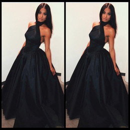 Wholesale Taffeta Ruffled Halter Evening Dresses - 2018 New Style Black Prom Dresses Halter Neck Sexy Backless A Line Evening Gowns Vestidos De Fiesta Satin African Formal Wear