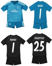 3f9dc7857a462 18 19 Real Madrid Camisetas de portero de fútbol para niños Pantalones  cortos CORTOS CASILLA NAVAS Conjuntos de fútbol Juegos de fútbol para niños  Juegos de ...