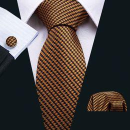 patrón de seda Rebajas Oro y negro weavin patrón Luxury Tie Silk Tie Gift Set Classic Tie for Men con Cufflink Pocket Square para Wedding Party Business N-5029