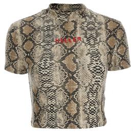 Demi-chemises sexy pour femmes en Ligne-Focal20 Streetwear Femmes Sexy Serpent Imprimer T Shirts Summer Fashion Lettre Imprimer Cropped T Shirt Slim Demi Col Crop Top