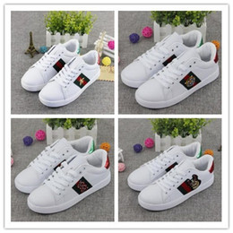 Wholesale flat g - 2018 New G Embroidery Small bee Men Women Loafers G Sneakers Fashion Brand Men Women Low Cut Lace-up Casual Flat Shoes 36-44