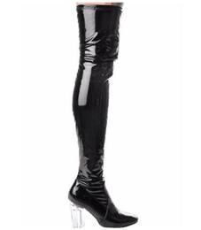 Сапоги на высоких каблуках онлайн-Женщина Лакированная Кожа Над Коленом Промежность Сапоги Женщины Сексуальная Длинные Пинетки Кристально Чистый Каблук Бедра Высокие Сапоги