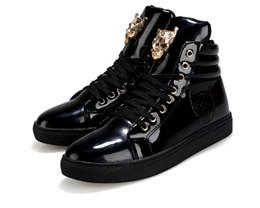 sapatos altos brancos Desconto Novos Homens Ankle Boots Sneakers 2018 Fashon PU Couro Lace-up High-top Branco Preto Branco dos homens Botas Casuais Sapatos de Desporto Tamanho 39-45