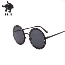 Wholesale frames decorative - FU E New Round Diamond Sunglasses women Fashion Designers Luxury Diamonds Decorative Metal Frames Fashion UV400 Men's The sun glasses 832