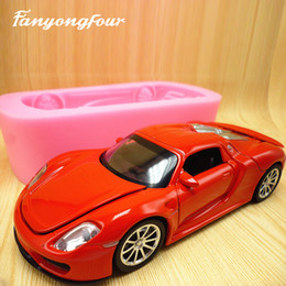 silikon-autokuchen Rabatt 3D rote Sportauto-Kuchenformsilikonformschokoladengipskerzenseifensüßigkeitform-Küchebacken freies Verschiffen