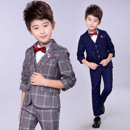 teens anzüge Rabatt Jungenanzüge Hochzeiten Große Kinderkleidung Teen Boys Suits Hochzeitsanzüge Page 3 Colors 3PCS Per Set große Jungen Kinderkleidung