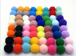Canada 15mm pompon Moelleux En Peluche tissu Artisanat BRICOLAGE Doux pon poms balle furball décor à la maison Fournitures De Couture Craf 1000 pcs / sac Offre