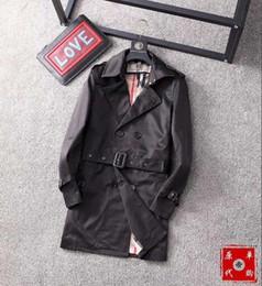 2018 весна и осень мода товары лацкан ногтей кожа корейский версия мужская тонкий длинный плащ мужская куртка-42 от Поставщики длинный бежевый плащ мужской