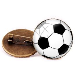 BR Neue Stil Fußball Brosche Fußball Broschen Glaskuppel Pins Geschenke sportfans Fußball Brosche Handgemachten Schmuck