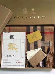 Designer di lusso sciarpe di cachemire di fascia alta 100% cashmere sciarpe sciarpe di cachemire degli uomini d'affari di lusso hanno tutte le etichette da