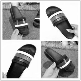 Wholesale women wear spring - luxury Genuine Leather Beach Shoes luxury designer sandals slippers women summer wear slip on slides flat heel shoes females Men Slippers