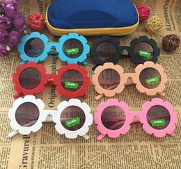 Gafas de sol de forma redonda al por mayor online-Precio de fábrica al por mayor 2018 NUEVA llegada Sun flor forma redondo lindo niños gafas de sol UV400 Boygirl precioso bebé gafas