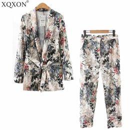 Vestiti delle donne 2018 donne autunno manica lunga Kimono Blazer Blazer nuovo cappotto di stampa della cintura + pantaloni casual vestito Due / set di pezzi cheap printed blazers women da donne stampate blazer fornitori