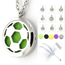 Wholesale White Felt Circles - 30mm Perfume Locket 316L Stainless Steel Essential Oil Aromatherapy Diffuser Locket Pendant Necklace(With 60cm Steel Chain & 5pcs Felt Pad)