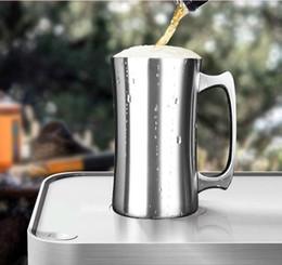 Grandes xícaras de café on-line-20 oz caneca de Cerveja de aço inoxidável com alça de parede dupla com isolamento a vácuo de grande capacidade copo de cerveja para bar Cocktail xícara de chá frio caneca de café