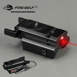 Ferrovia tattica laser rosso dot online-FUOCO DEL FUOCO Compatto Caccia Tactical Mirino Laser Rosso Mirino con Pressostato 20mm Picatinny Rail Mount