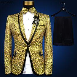 2019 esmoquin de oro azul Traje de Oro Lastest Coat Pant Design Pus Talla 4xl 5xl 6xl Traje Homme Trajes de Boda para Hombre Stage Suit Tuxedo Gold Silver Blue rebajas esmoquin de oro azul