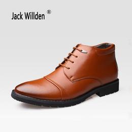 Botas estilo puntera estilo británico online-Jack Willden British Style Martin Boots Zapatos de algodón para hombres de punta estrecha, más botas térmicas, hombres de negocios, tobillo de cuero